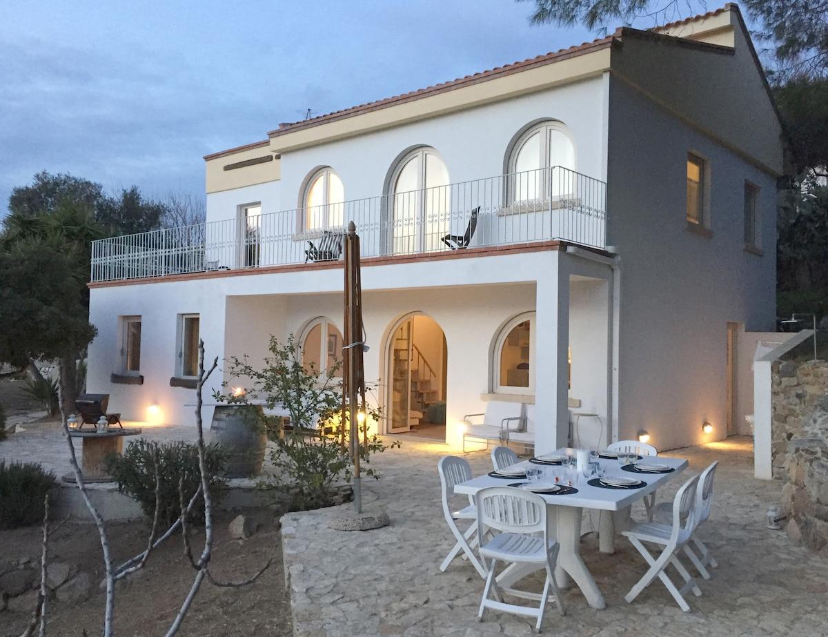 Дом в Кос на берегу моря цены недорого до 125000 евро