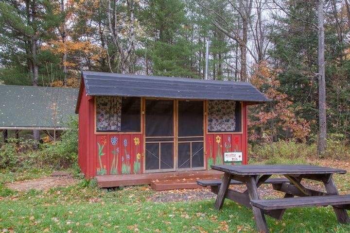 Rustic Camping  Cabin w/Electric & WiFi