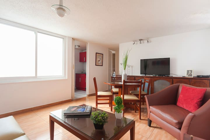 Cozy apartment situated in Condesa
