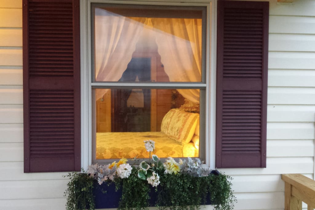 A peek into the Go Ahead Inn.