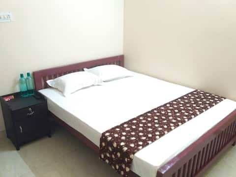 DRO HOMES, Homestay near Kochi Airport (Non AC)