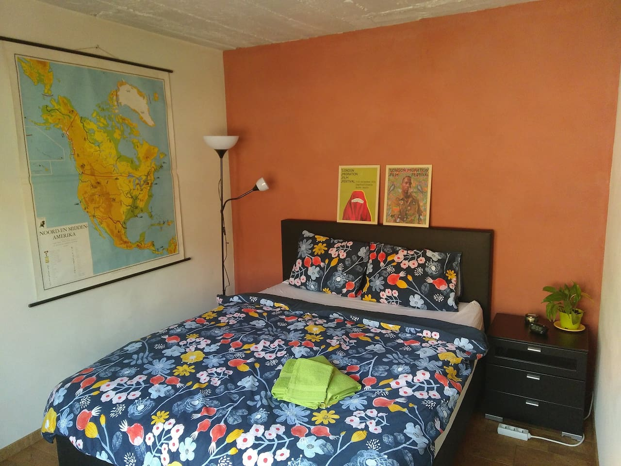 Private guest room with comfortable bed!