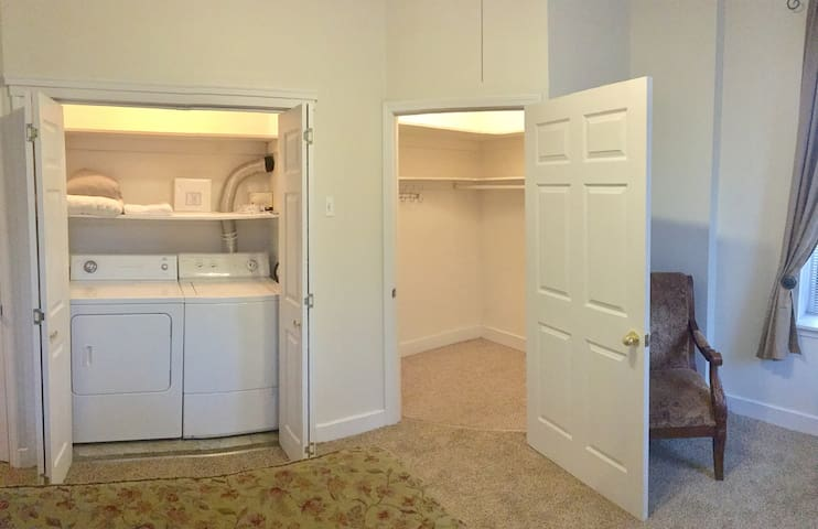 Bedroom. Walk-in closet and washer and drier.