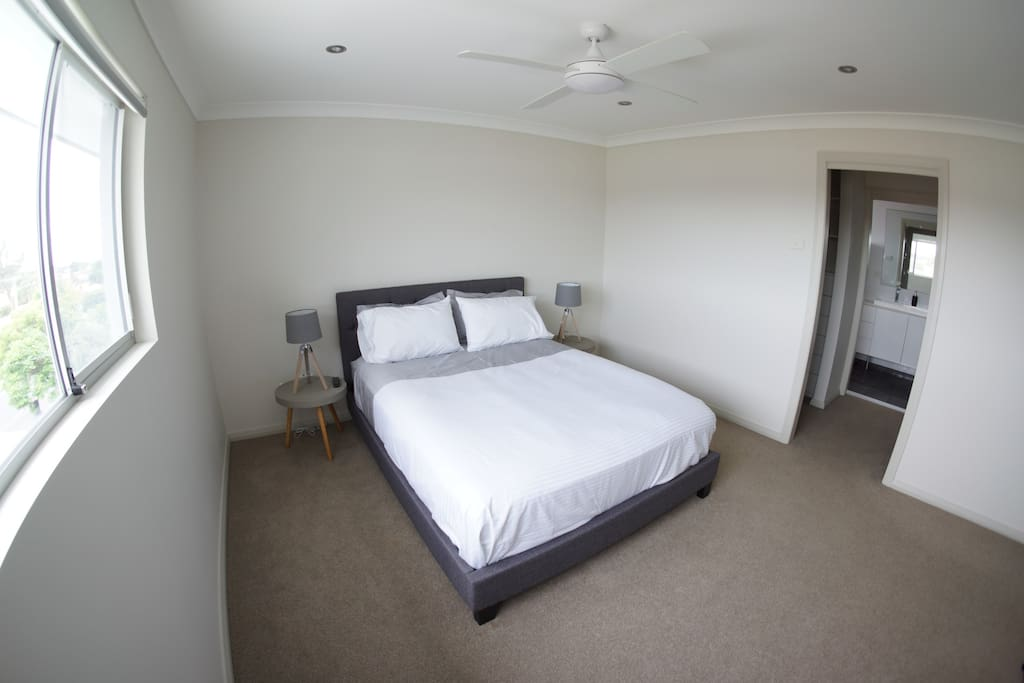 Main bedroom with Walk-in robe and ensuite