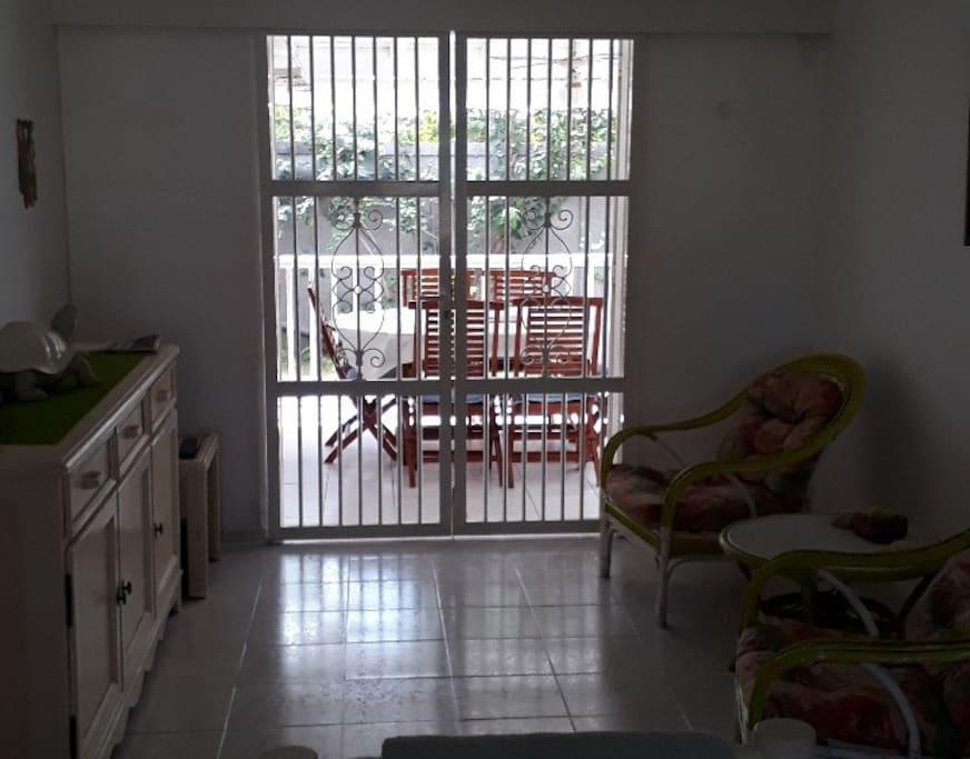 Salon puis terrasse