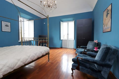 Blue Trevi Beautiful suite