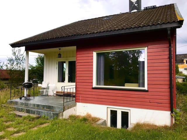 Koselig hus med sengeplass til 5 i Porsgrunn