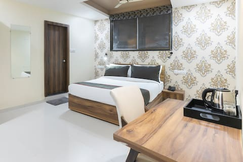 OYO Collection O Furnished Room in Anand