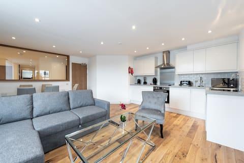 Gorgeous Modern Apartment (BR2)
