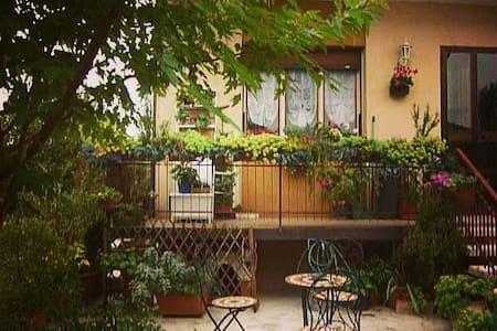 Tavernetta indipendente - Cordenons - บ้าน