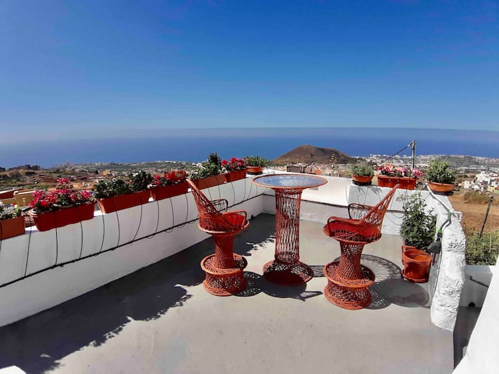 Tenerife Valley Views  Romantic Cottage