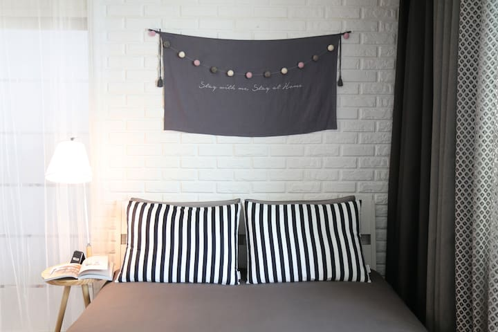 PLACE 302 _ chic & near terminal - 포항시 - Appartement