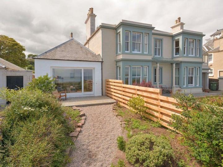 Sandy Bay Cottage