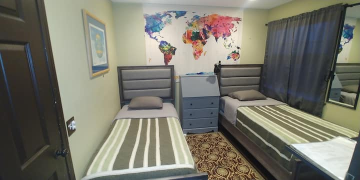 2 Beds - Close to everything - No cleaning fee