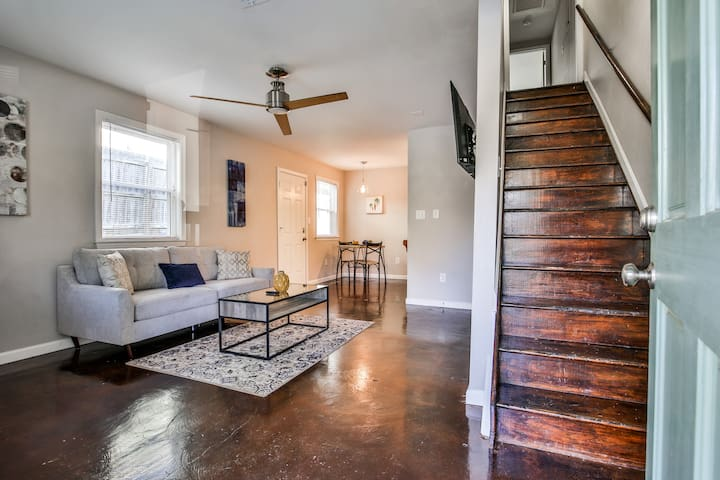 ⚡️ Spacious home on Grant Park | Sleeps 3