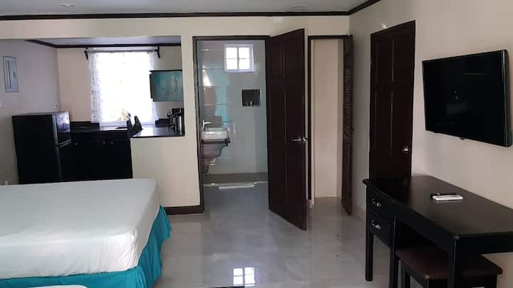 Lignum Vitae Suite w/ 1 Bedroom and 2 Double Beds