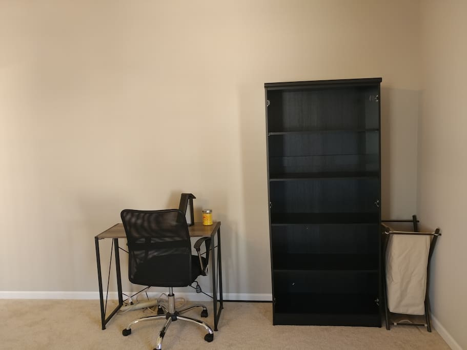 Desk, chair and Closet