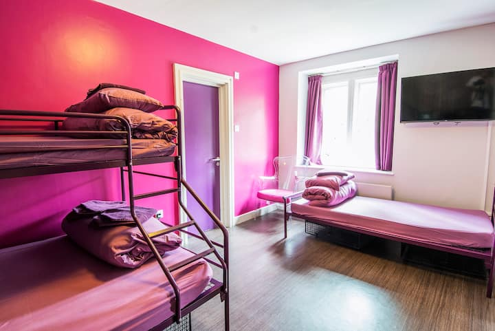 Private Family Room with Ensuite Bath in Hostel