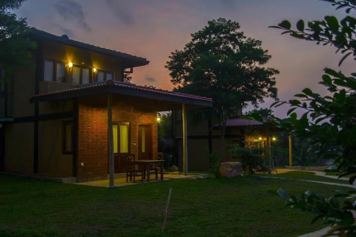 Sigiri Arana - Chalet Family Room (Max 4 Persons)