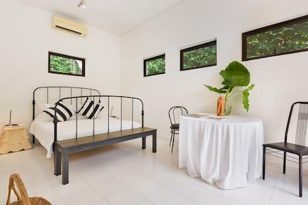 Quiet Tropical Garden Bedroom Suite