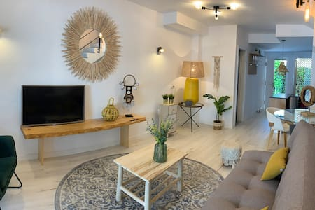 Luxury Bungalow to relax and enjoy WiFi-A/A