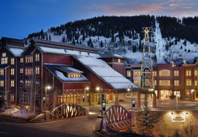 SUNDANCE WKS MARRIOTT SUMMIT WATCH SKI-IN SKI-OUT - Park City