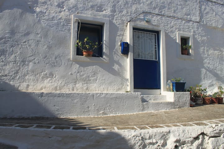 Traditional House, Kythnos Island