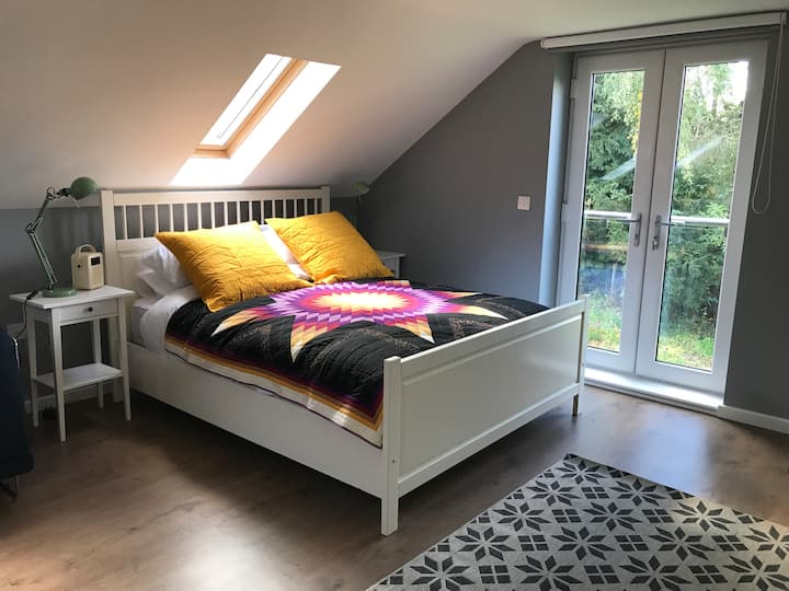 The Loft - Lovely Self-Contained Rural Apartment