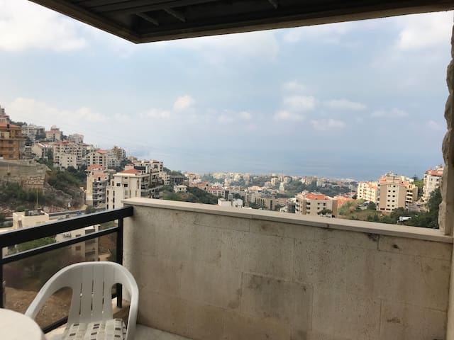 Large house with 3 bedrooms in Beit Chaar