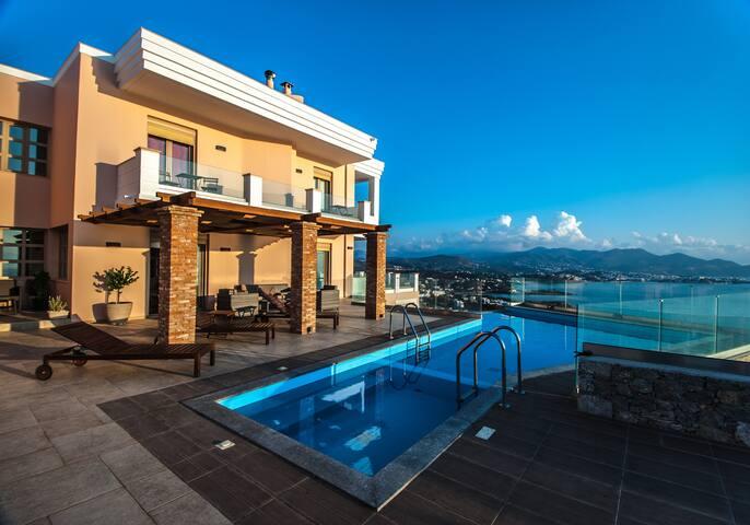 Infinity View Villa - close to a beach