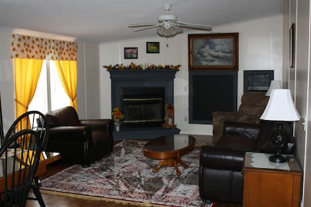 Hopewell Hideaway in the Heart of The Finger Lakes