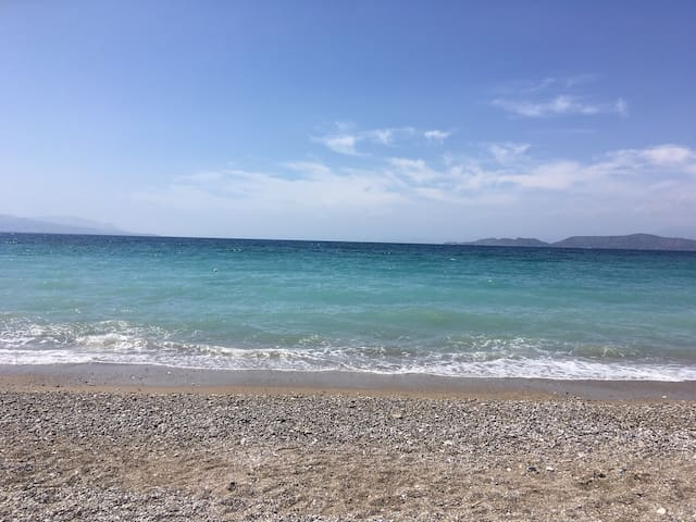 Places we love in Korinthos