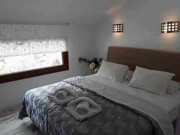 Superior Quadruple Room KINIRA Beach Hotel