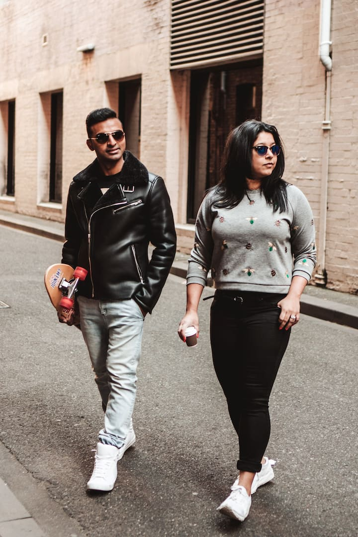 Explore alleys and laneways of Melbourne