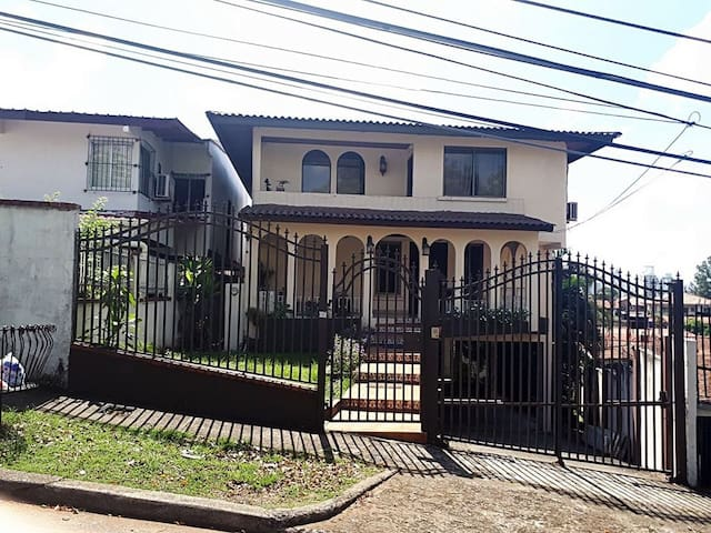 Casa Los Guayacanes #1