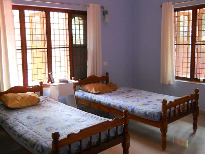 Coconut Crazy! Homestay - Bedroom 1