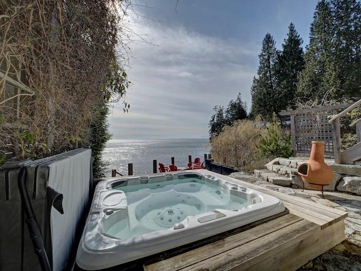 Oceanfront Getaway-Designer's Home