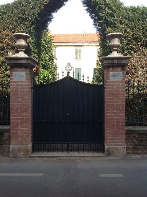 Stanza in Villa Storica vicino Outlet Serravalle
