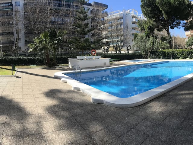 120- GISAMAR- Two bedrooms apartment with swimming-pool