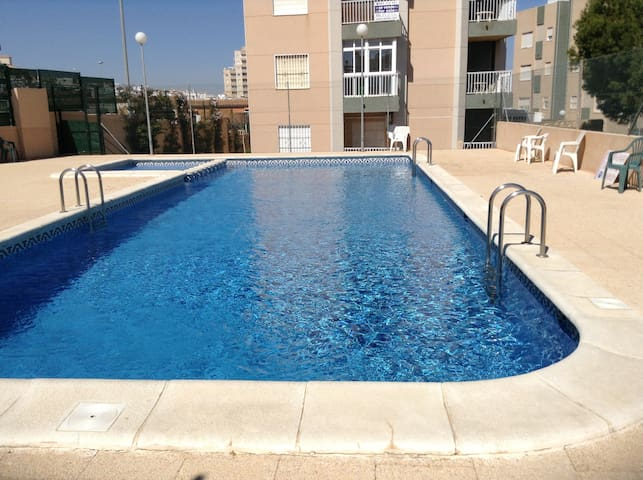 For rent apartment near La Mata beach with pool - Torrevieja - Wohnung