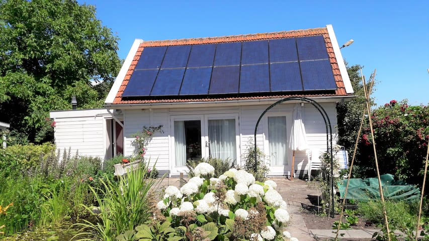 Bart's cottage