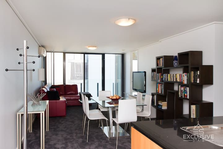 Exclusive Stays - The Summit - Southbank - Apartemen