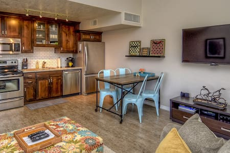 Athlete, Family, Pet Friendly Condo - Saint George