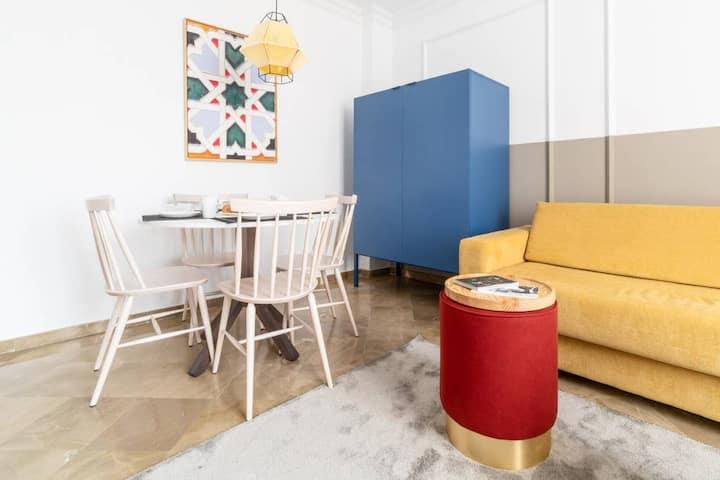Bright 2 Bedroom Apartment in the Heart of Granada