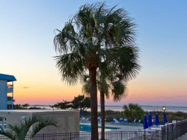 Southern Shore; Poolside condo;  Gorgeous Sunsets!