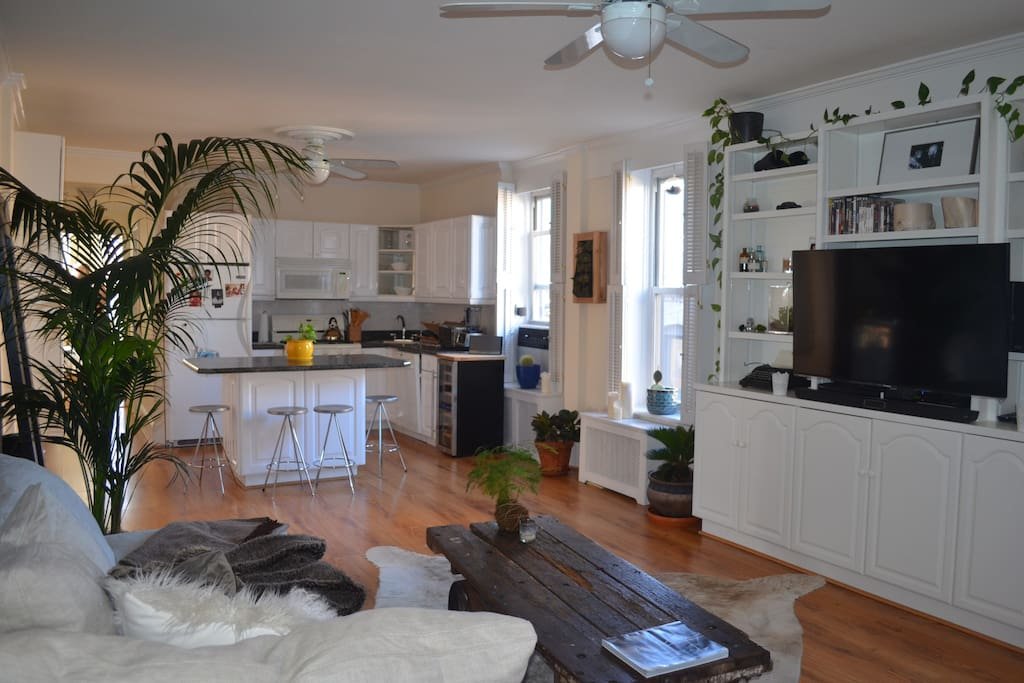 B39ful Open airy light filled home Apartments