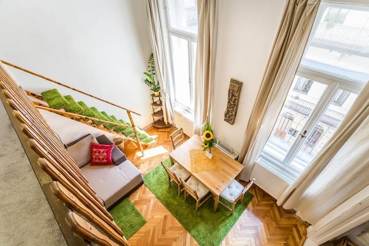 MokshaHome-Homely Haven with Bathtub@Jewish Quart