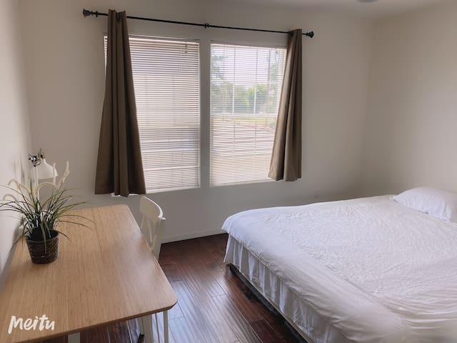 精致全新雅房近超市公园New & modern private room