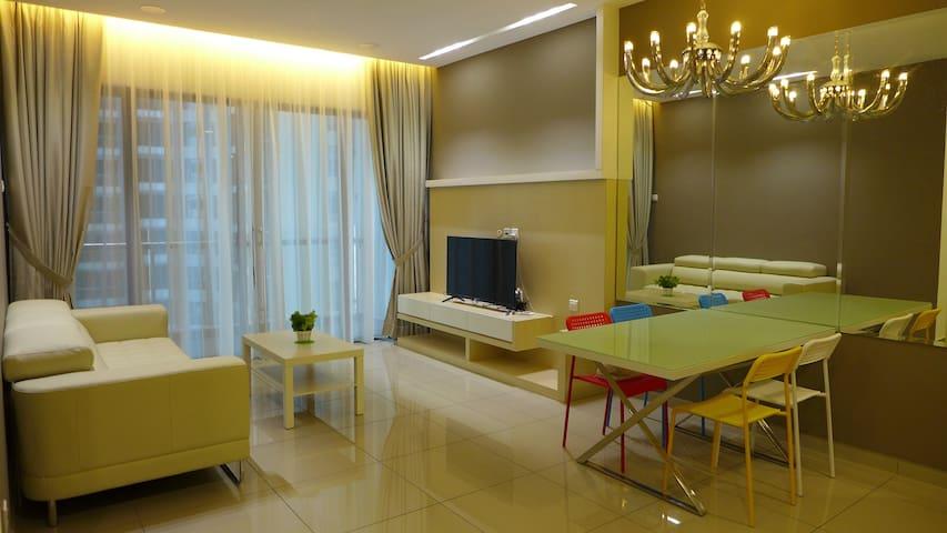 A Spacious and cozy family retreat in Melaka