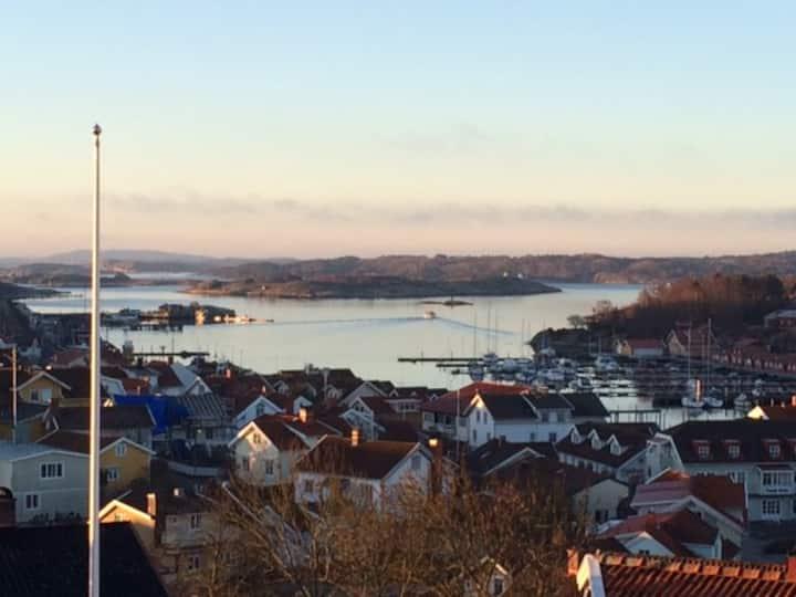 Lägenhet/hus med strålande havsutsikt, Grebbestad